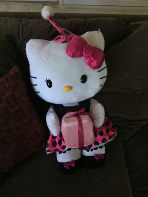 2 hello kitty's for 40 for Sale in Norfolk, VA