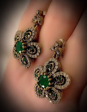EMERALD FLOWER FINE ART POST EARRINGS Solid 925 Sterling Silver/Gold WOW! Brilliantly Faceted Round Cut Gemstones, Diamond Topaz M5802 V for Sale in San Diego, CA