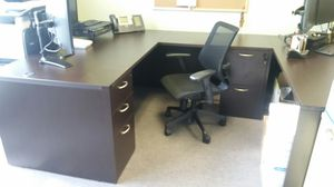 Office furniture for Sale in CTY OF CMMRCE, CA