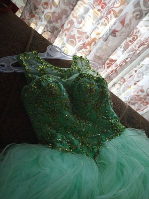 Beautiful quinceanera dresse for Sale in Phoenix, AZ