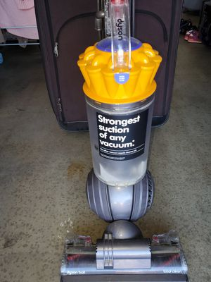Dyson ball vacuum GREAT CONDITION for Sale in Riverside, CA