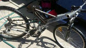 Mongoose Blackcomb mountain bike for Sale in Wheat Ridge, CO