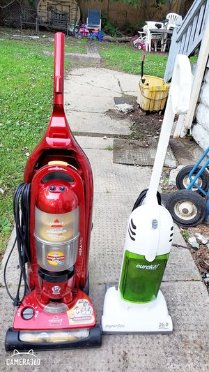 2 Vac cleaner Manchine for Sale in Camden, NJ