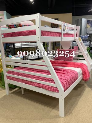 FULL/TWIN BUNK BEDS W ORTHOPEDIC MATTRESS INCLUDED for Sale in West Covina, CA