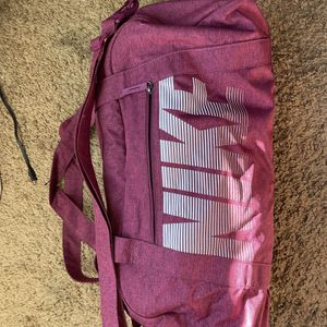 Nike Duffle Bag (maroon) Like New for Sale in Huntington Beach, CA