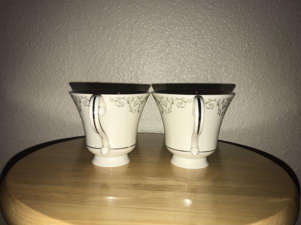 Lot of 6 pickard cameo teacups