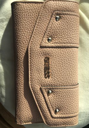 Guess Wallet (Dusty rose) for Sale in Aldie, VA
