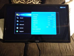 42 Flat screen TV for Sale in Fort Myers, FL