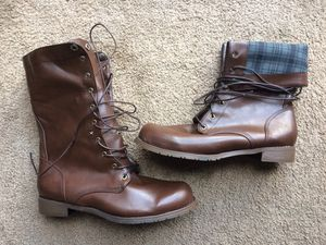 BEAUTIFUL MENS GENUINE LEATHER BIKER/AVIATOR/MILITARY STYLE BOOTS for Sale in Virginia Beach, VA