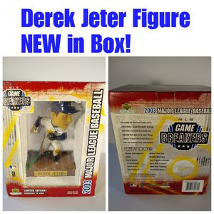 DEREK JETER Figurine - New York Yankees for Sale in North Bellmore, NY