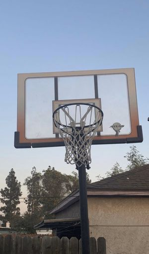 Atlas Basketball hoop for Sale in Azusa, CA