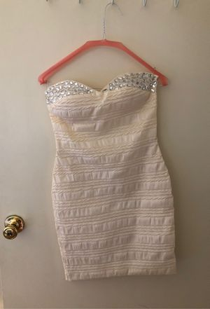 Cream dress for Sale in Rancho Cucamonga, CA