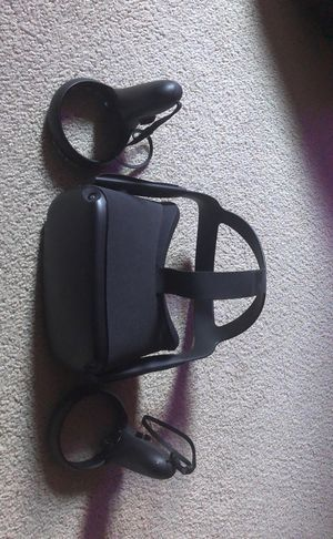 Oculus Quest 64GB VR System for Sale in La Crosse, WI