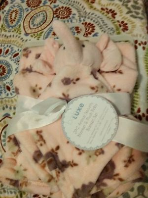 New 2PC animal security blanket & plush baby blanket set for Sale in Dallas, TX