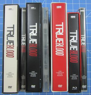 True Blood the complete series on DVD Seasons 1-7(Sixth Season blu ray disc) for Sale in Sarasota, FL