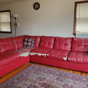 Free Two Pieces Sectional Sofa for Sale in Trenton, NJ