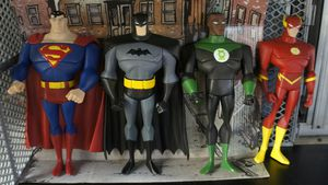 Dc comics 10 inches tall justice league action figures for Sale in Glendora, CA