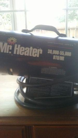 Mr heater contractor series 30.000 55.000 btus propane elec for Sale in Hayward, CA