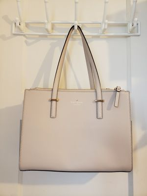 Kate Spade Cream Shoulder bag for Sale in Daly City, CA