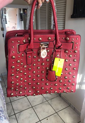 MICHAEL KORS LARGE TOTE for Sale in Hialeah, FL