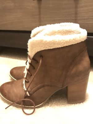 Fur lined boots- size 9 for Sale in Alexandria, VA