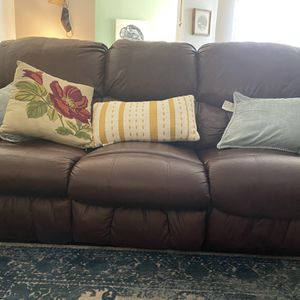 Faux Leather Recliner for Sale in San Diego, CA