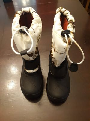 Toddler size 11 snow boots for Sale in Olympia, WA