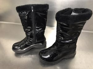 Girls Britt Tundra Rain and Snow Boot - Size 1 for Sale in Hampton, VA