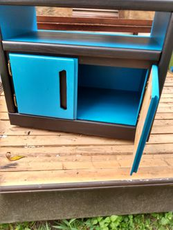 Side table/ small dresser/ night stand for Sale in Niederwald,  TX