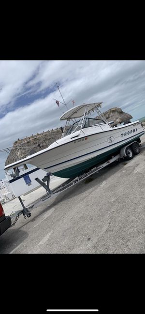 1996 Bayliner Trophy 23ft for Sale in Miami, FL