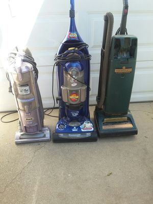 3 Vacuum Cleaners for Sale in Riverside, CA