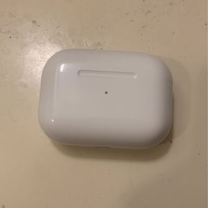Air Pods Pro For Sale *in good condition* for Sale in Los Angeles, CA