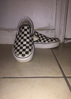 Slip on checkered vans size 6.5 for Sale in Miami, FL