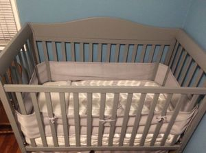 Baby Crib, Changing Table, and Dresser for Sale in Pico Rivera, CA