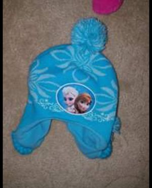 Girls Elsa winter hat for Sale in Parma, OH