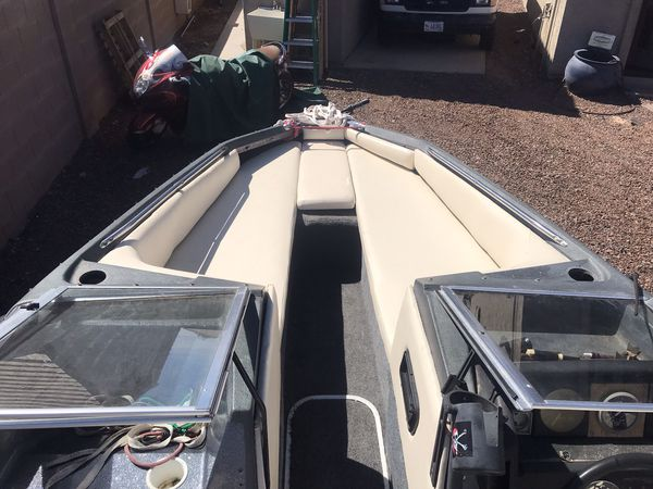 1987 bayliner 17 foot boat with 1981 trailer