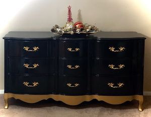 Refinished French provincial dresser for Sale in Silsbee, TX