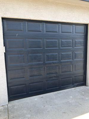 Single car garage door 9x7 and genie garage door open for Sale in Atascosa, TX