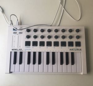 Arturia Minilab MKII MIDI Controller + Software for Sale in West Hollywood, CA
