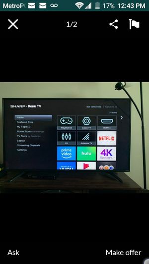 43 inch SHARP smart flat screen TV with Roku for Sale in Reynoldsburg, OH