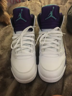 Grape 5's size 9 for Sale in Severn, MD