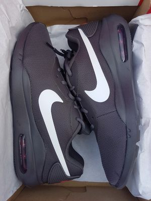 Brand New Men's Nike Air Max (Size 9.5) for Sale in Vancouver, WA