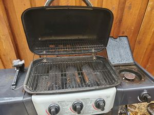 Bbq grill electric and charcoal for Sale in Sacramento, CA