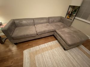 Gray sectional couch for Sale in Nashville, TN