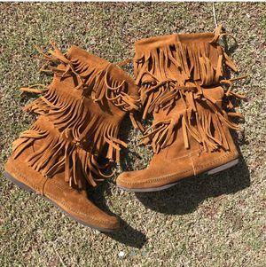 Minnetonka Suede Fringe Boots for Sale in Bakersfield, CA