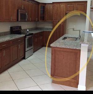 Kitchen faucet for Sale in Pembroke Pines, FL