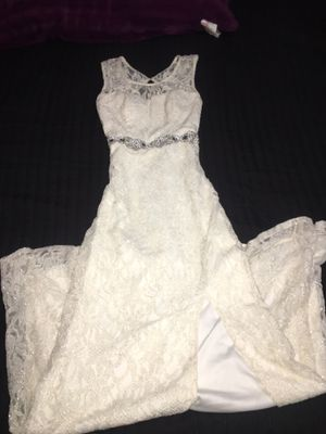 white long elegant dress for Sale in Phoenix, AZ