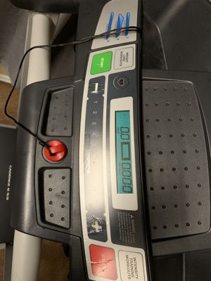 Weslo Cadence G 5.9 Treadmill for Sale in Camp Hill, PA