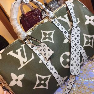 Duffle Bag for Sale in Bel Air, MD