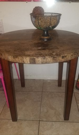 Round Granite Dinning Table for Sale in Tampa, FL